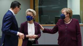 Article image: Brussels in no rush to act on rule of law spat with Poland