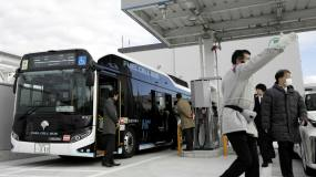 Article image: High costs dog Tokyo's hydrogen buses