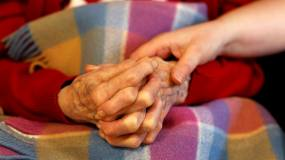 Article image: Covid jabs to be made compulsory for care home staff in England