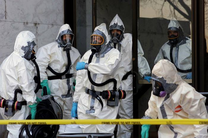 US surveillance of its domestic facilities was stepped up after 2001, when anthrax believed to have come from a US army medical research lab was sent to media outlets and two members of Congress