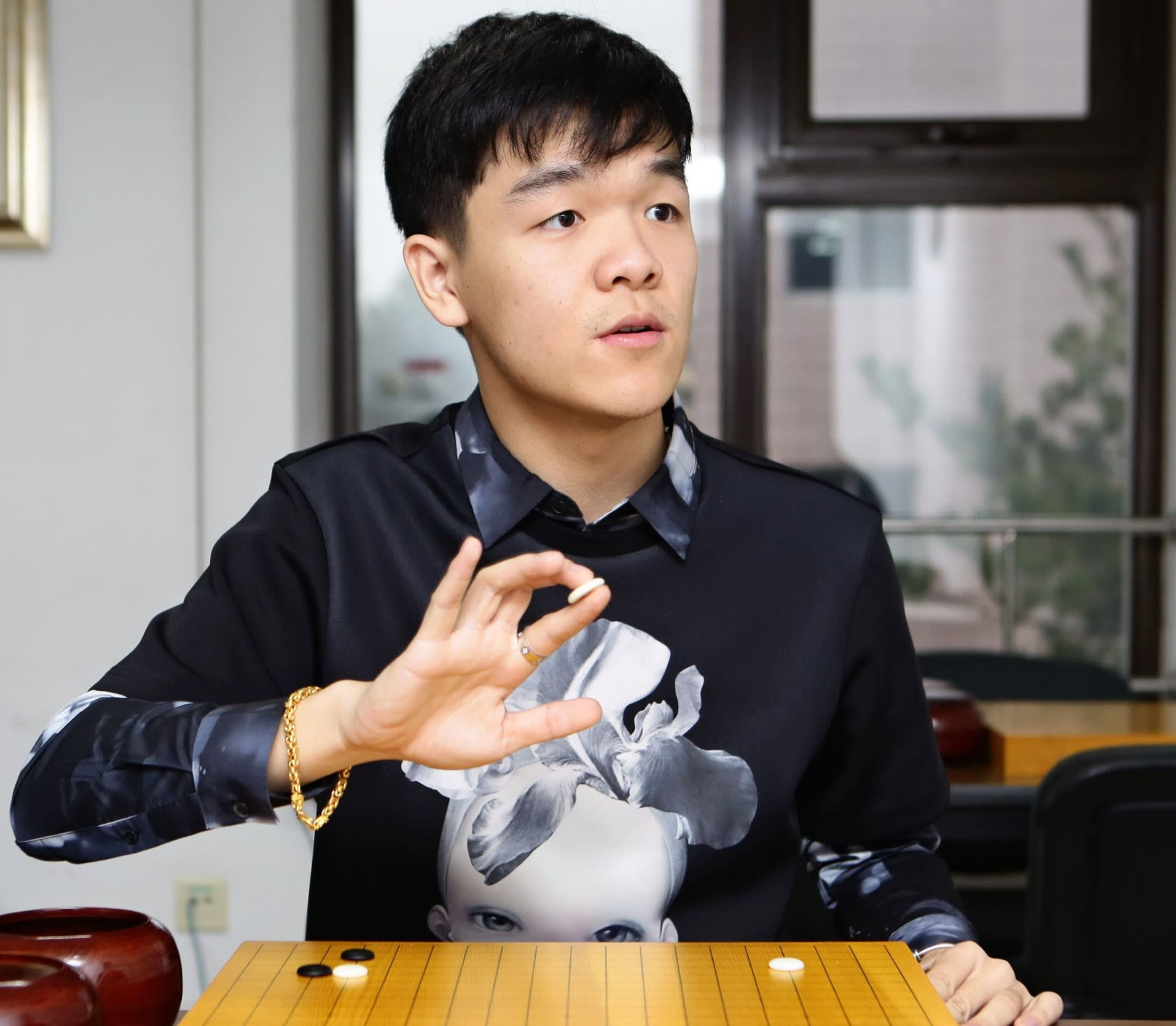 The Go champ taking on AI - Nikkei Asian Review