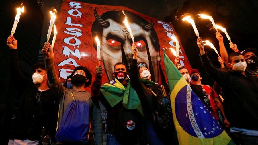 Brazil erupts in protests after court authorises Bolsonaro probe