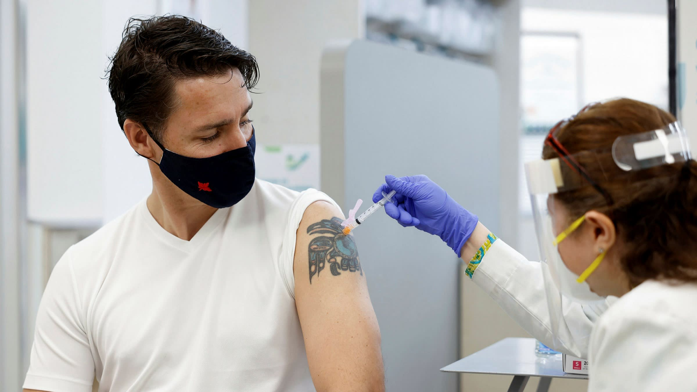 Coronavirus Trudeau Says No Travel To Canada By Unvaccinated Tourists For Quite A While As It Happened Financial Times