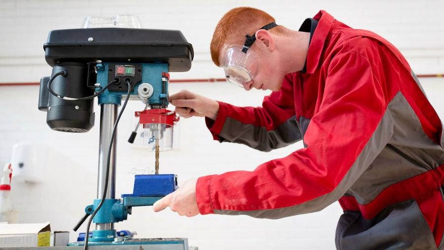 Johnson pledges apprenticeship to every young person