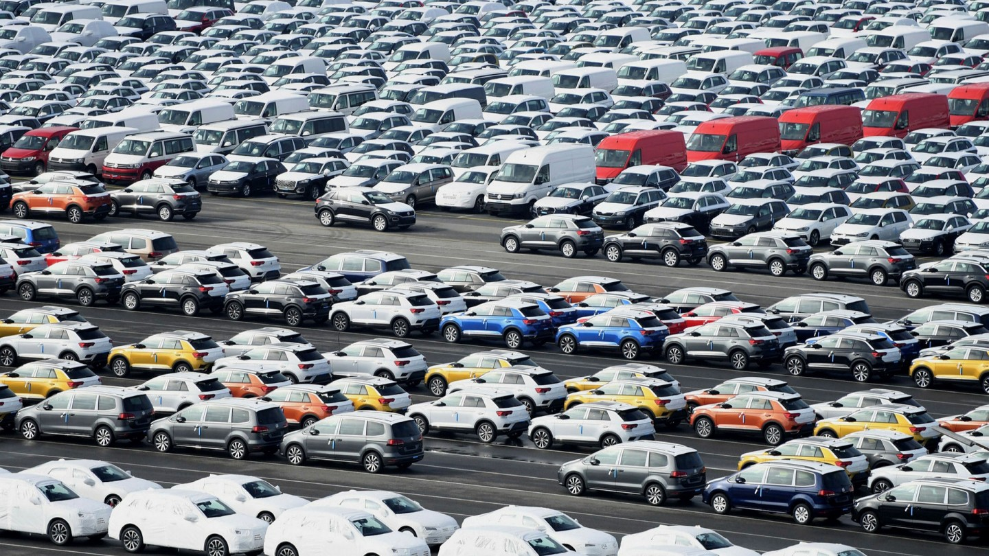 Time to buy a car? Industry hopes for coronavirus silver lining ...