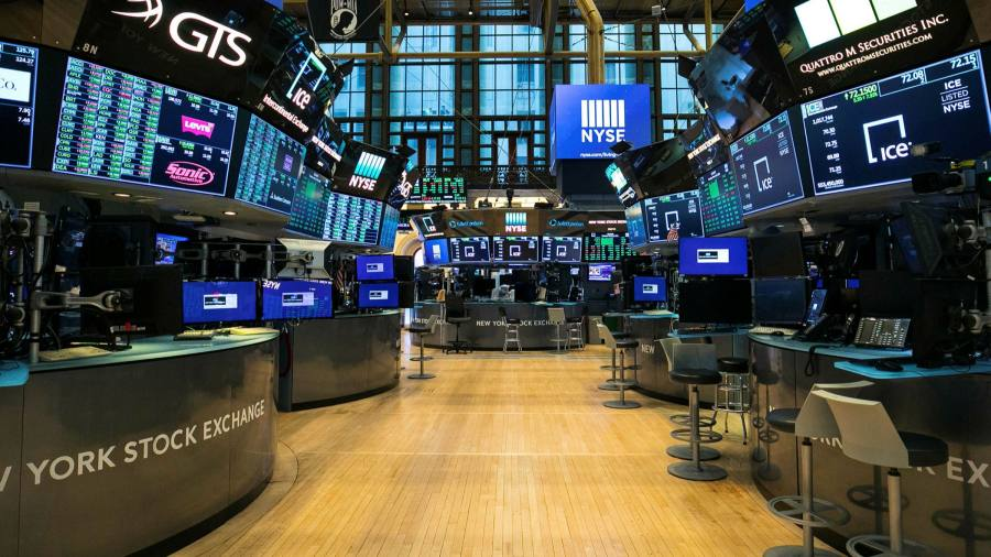 Fragile markets prompt providers to leave benchmarks unchanged