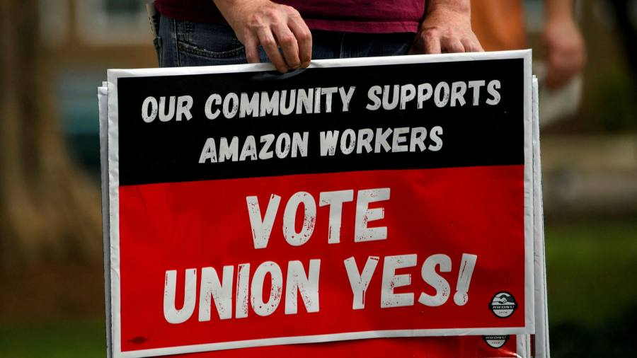 Amazon apologizes for the workers claiming to pee in plastic bottles