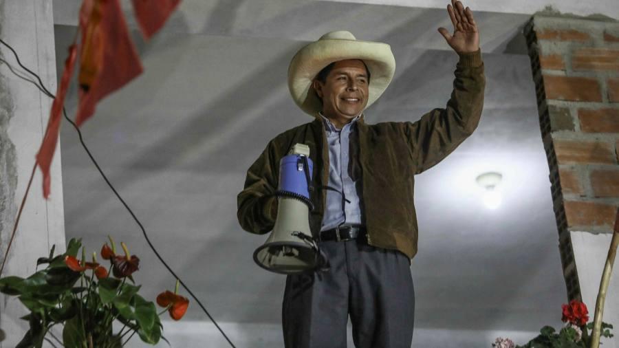 Leftist inches ahead in Peru presidential race