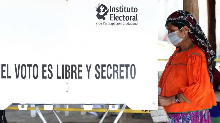 López Obrador on course to lose two-thirds majority in Congress
