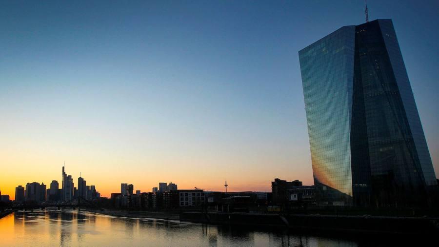 ECB set to expand bond-buying to soak up debt