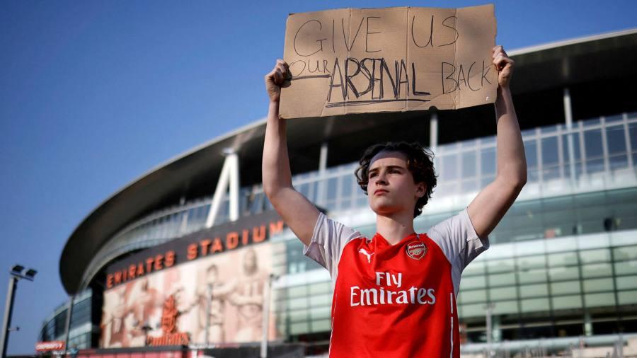 European political leaders promise to block the Super League football plan