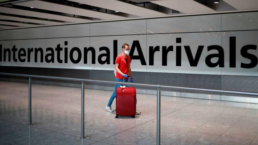 UK quarantine regime begins despite airlines' opposition
