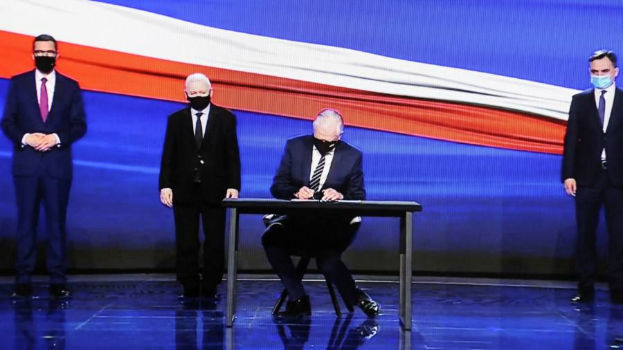 """PiS has presented plans for a new """"Polish agreement"""""""