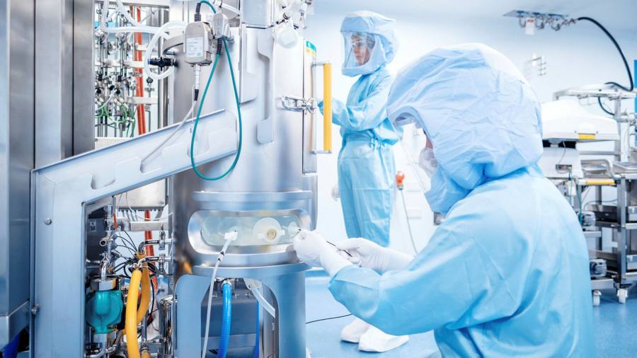 Italy seeks internal production of Covid mRNA vaccines