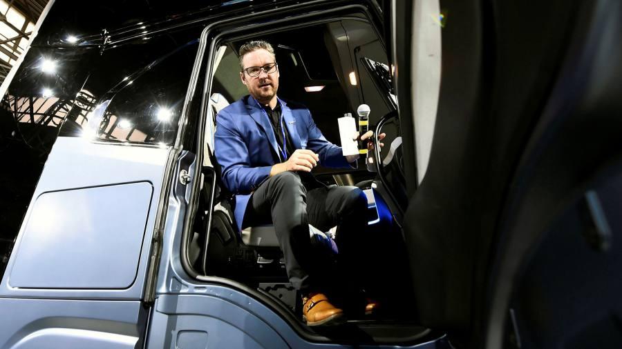 Founder Nikola sells $ 49 million worth of shares