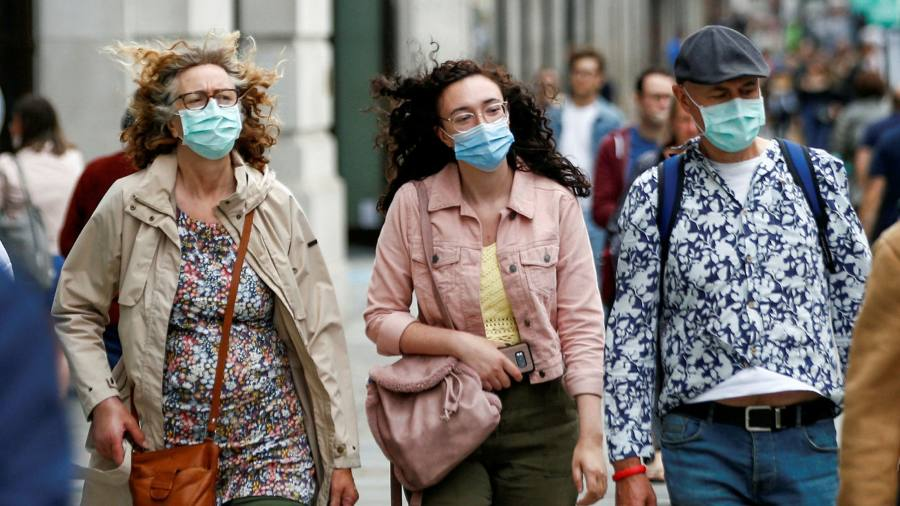 Britain 'lags way behind' in wearing face masks, scientists say