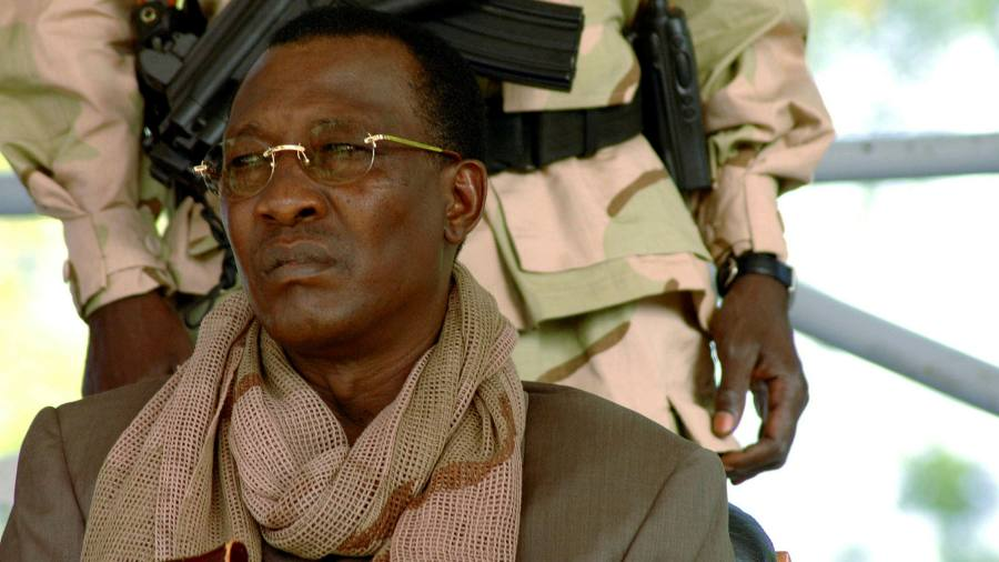 The president of Déby Chad was killed in the front row