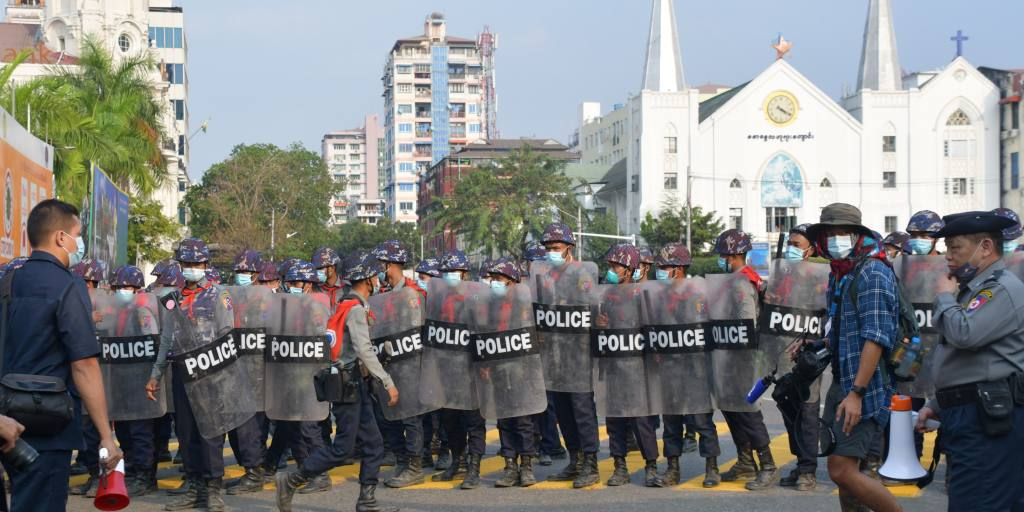 asia.nikkei.com: Myanmar coup latest: Police fire rubber bullets to disperse Myawaddy protest