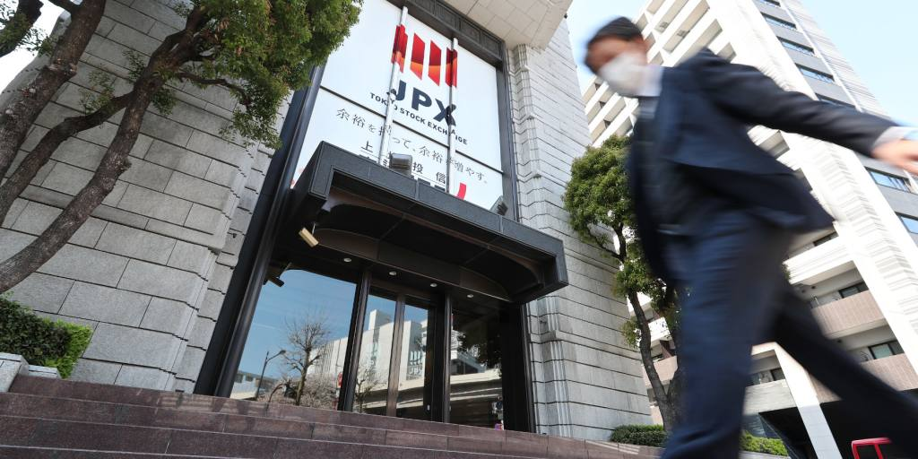 Fujitsu taps ex-fund manager to hear what market has to say